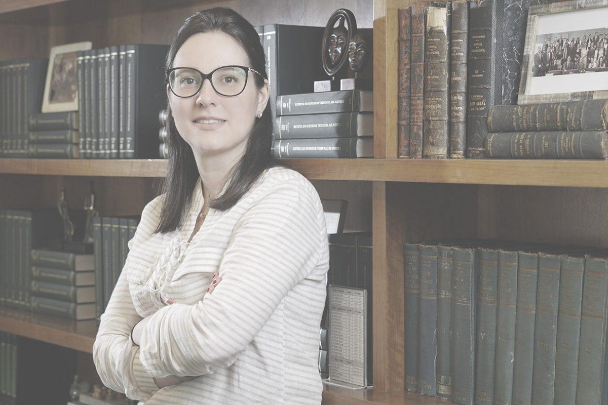 Fernanda Maria Rossignolli Grunspun Pitta, Avocate