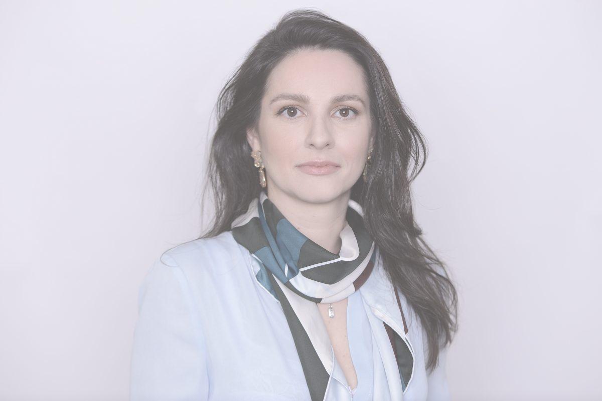 Fernanda Maria Rossignolli Grunspun Pitta, Lawyer