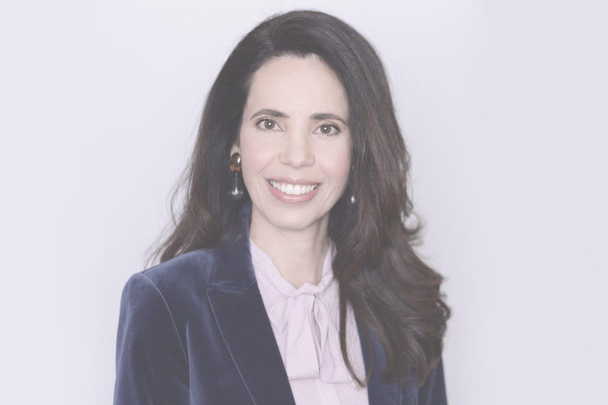 Tatiana de Oliveira Silva Modenesi, Lawyer